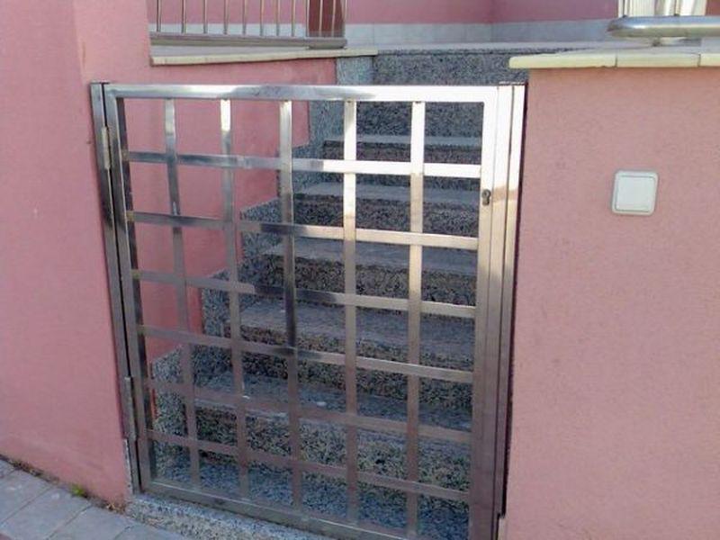 Puertas de exterior y vallas - Vallas de acero inoxidable ...